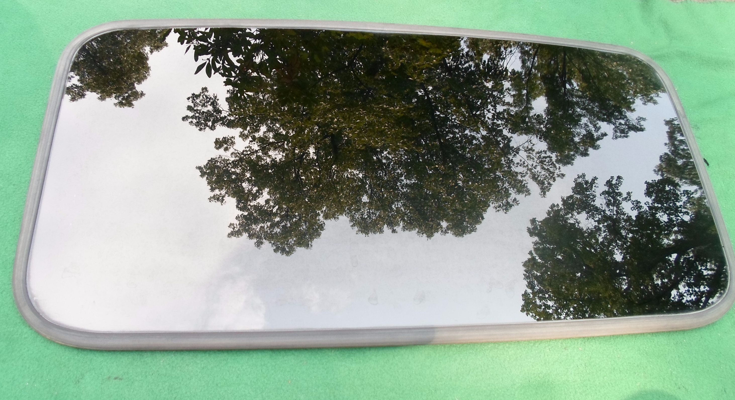 Subaru Sunroof Glass