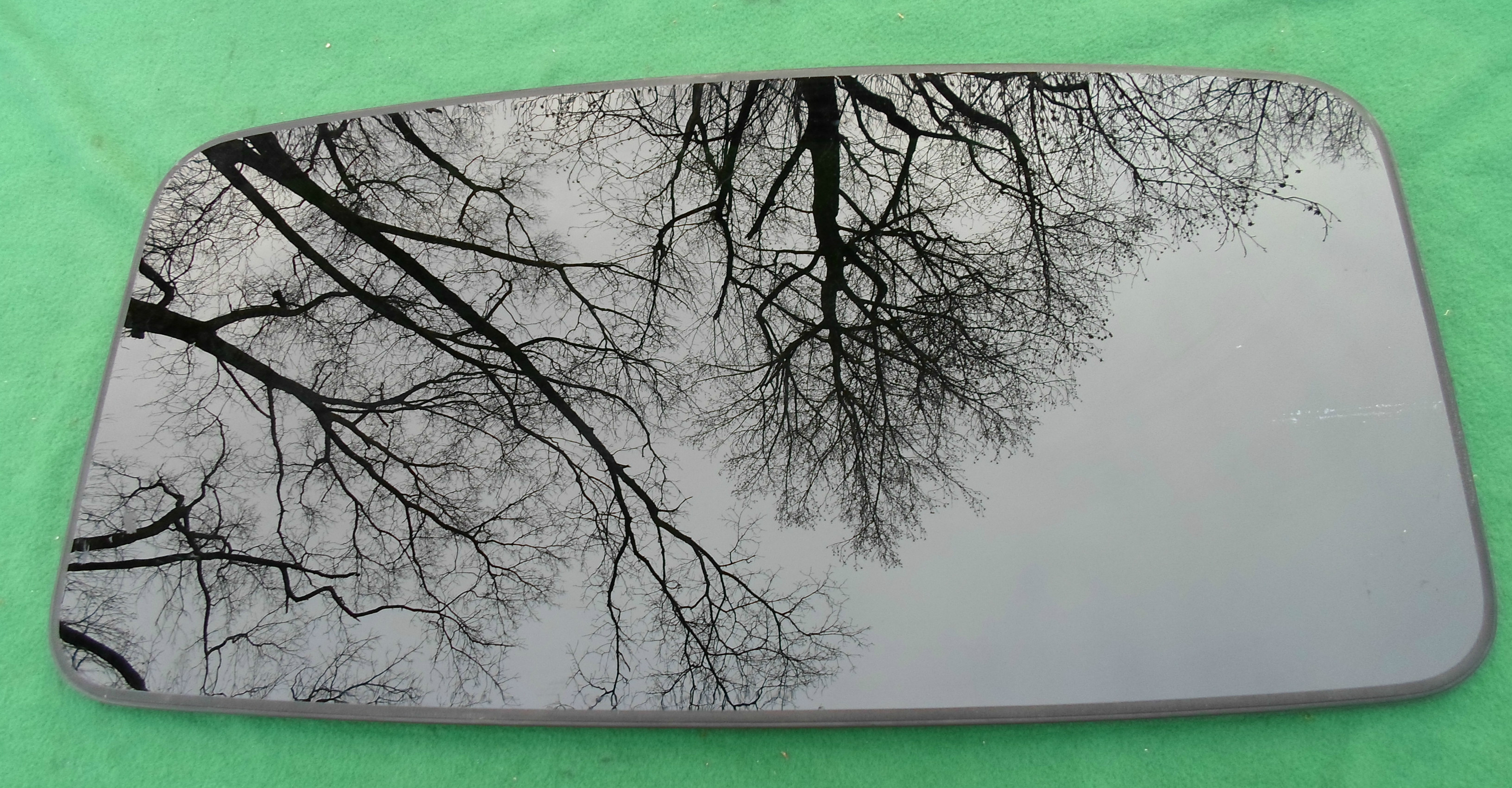 Volvo Sunroof Glass