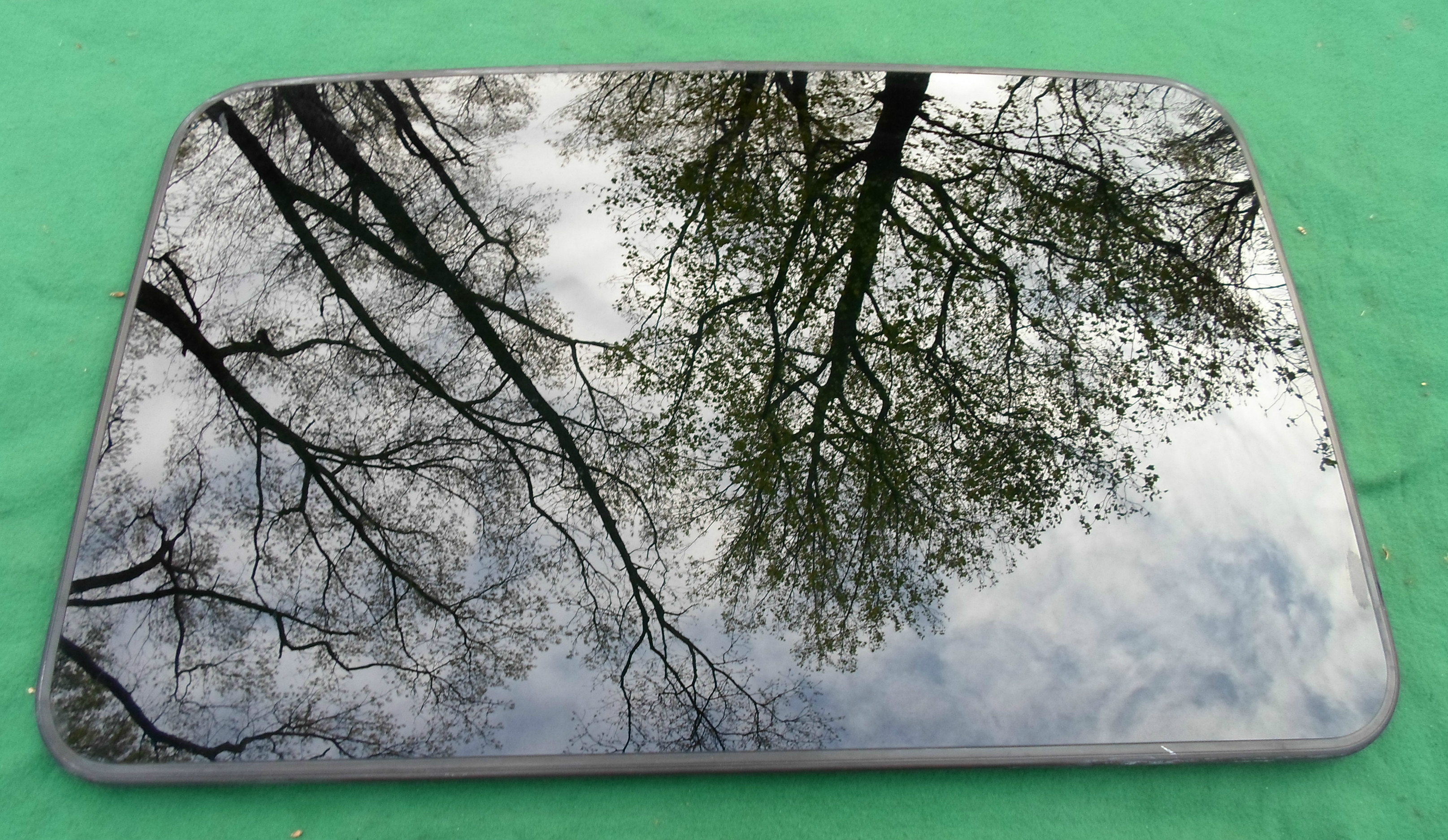 Chrysler Sunroof Glass
