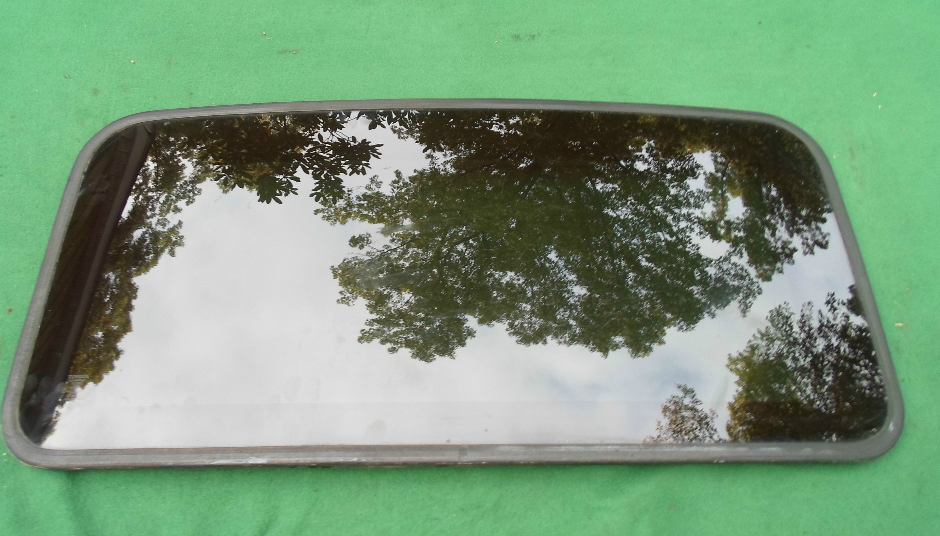 Lexus Sunroof Glass
