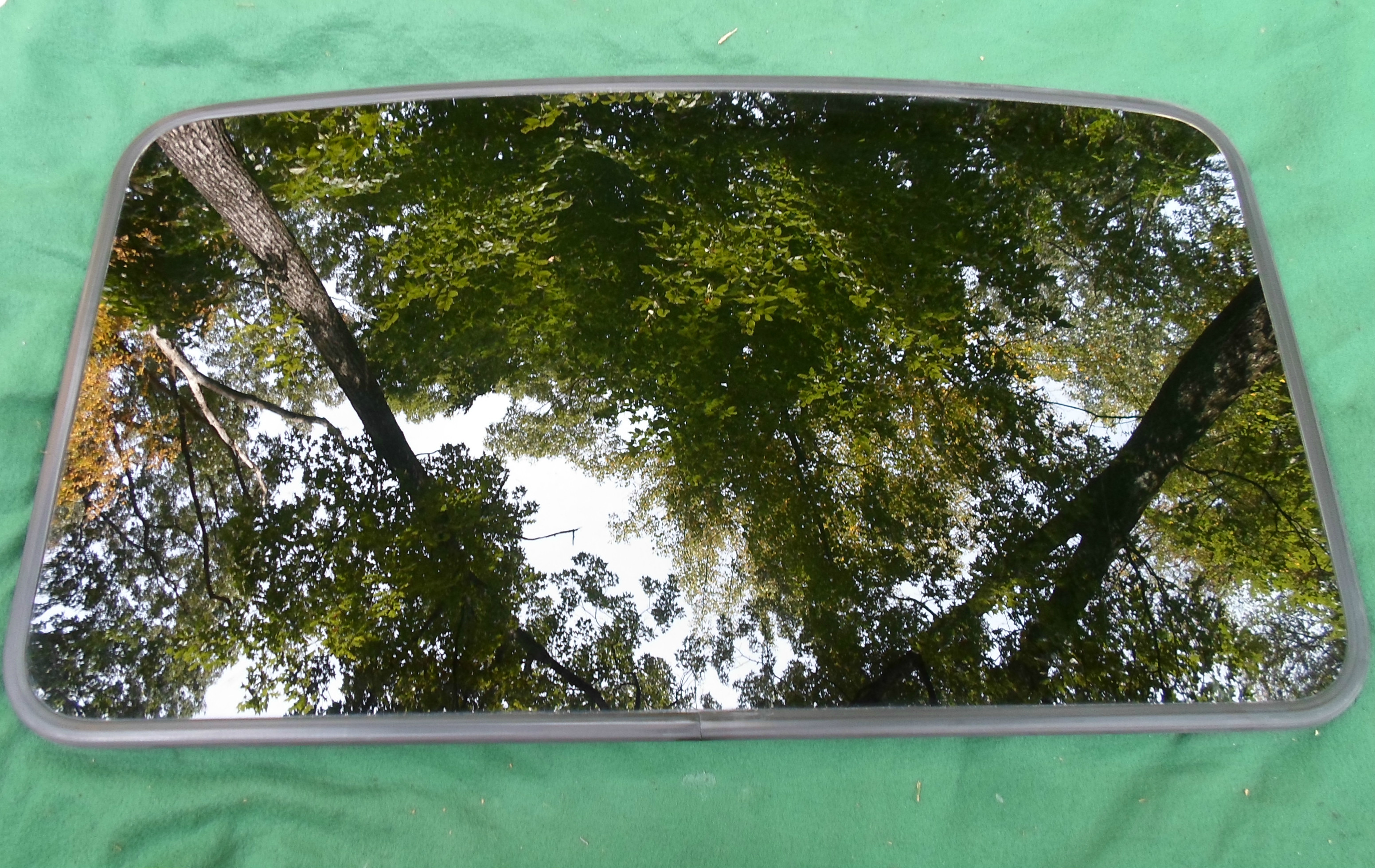 Mazda Sunroof Glass