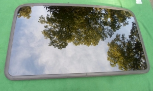 Toyota Sunroof Glass