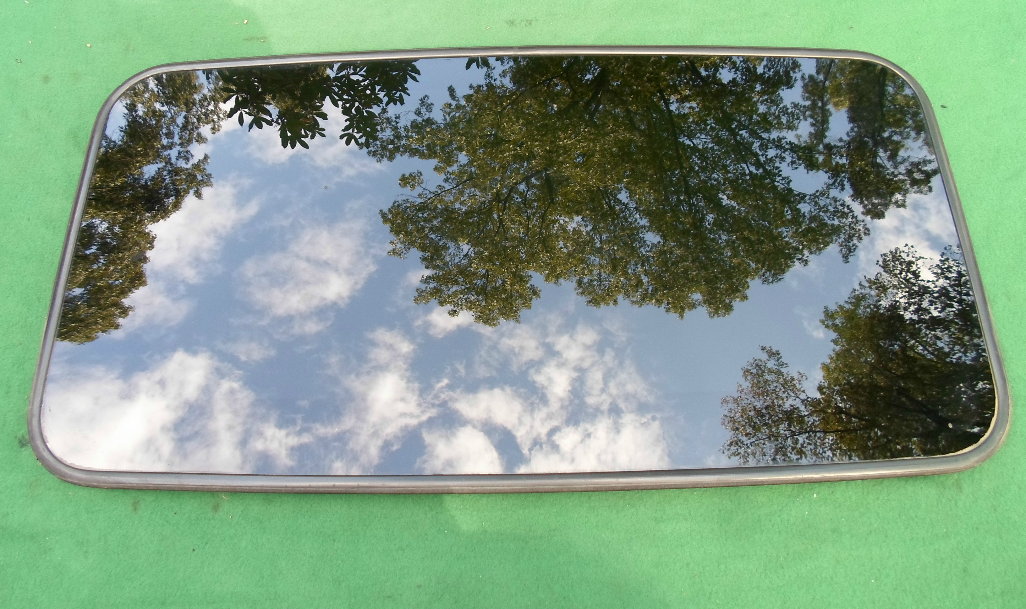 Hyundai Sunroof Glass