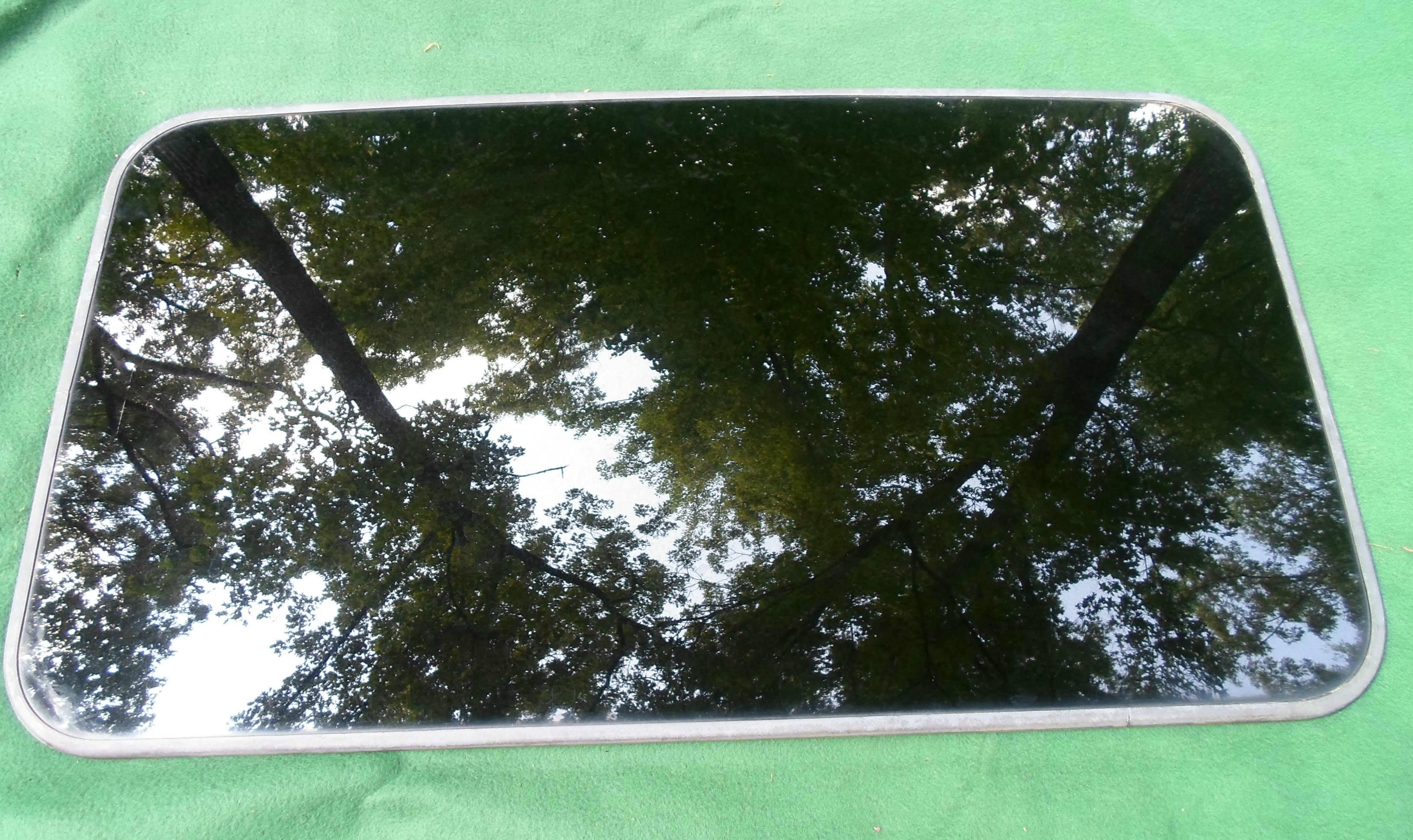 GMC Sunroof Glass