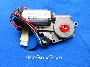 1999 - 2003 PONTIAC GRAND AM SUNROOF MOTOR 89023553