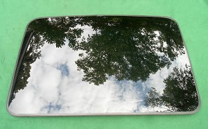 2004 CHRYSLER PACIFICA  OEM SUNROOF GLASS 5102848AA
