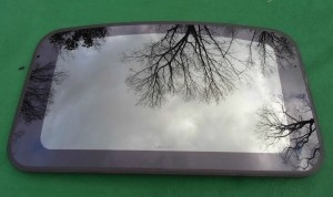 2003 FORD TAURUS SUNROOF GLASS 1F1Z-54500A18-AA; 1F1Z54500A18AA